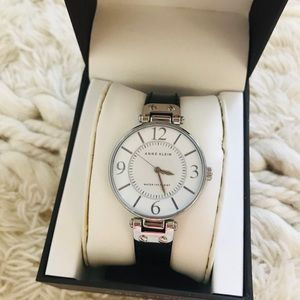 NWT ANNE KLEIN Leather Collection Watch